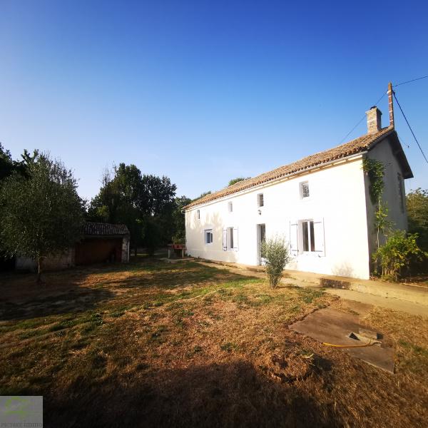 Offres de vente Maison de village Saint-Sauvant 86600