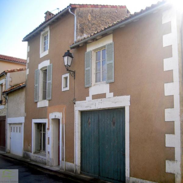 Offres de vente Maison de village Sanxay 86600