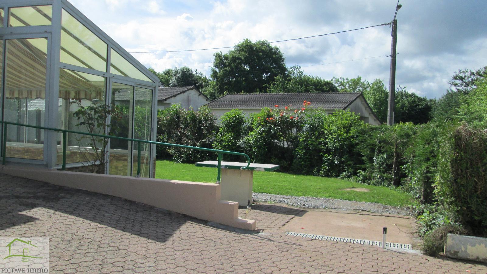 Location a louer maison t3 centre vasles for Jardin potager a louer 78